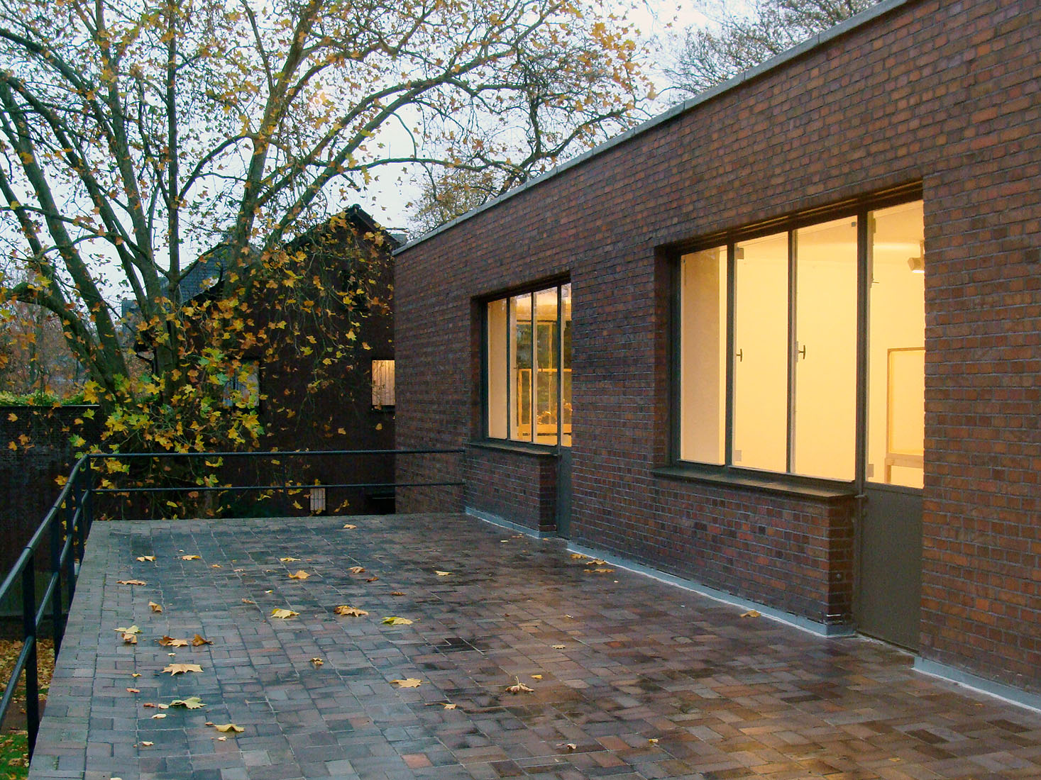Wwwarchipictureeu Ludwig Mies Van Der Rohe House Lange House